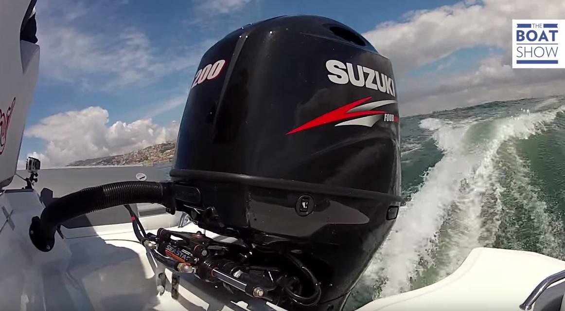 SUZUKI DF 200 AP su MV 700 – Review